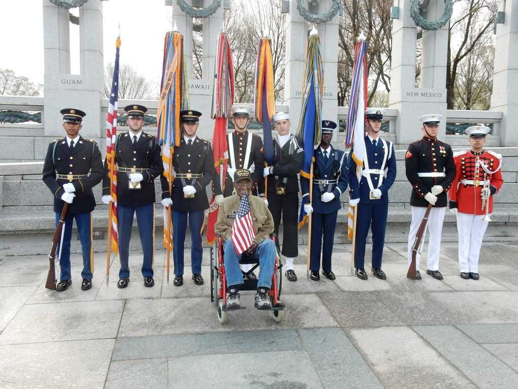 Richard Overton at WWII Memorial in Washington DC